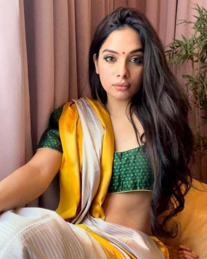 Tanya Hope - Tamil Photos Stills Images