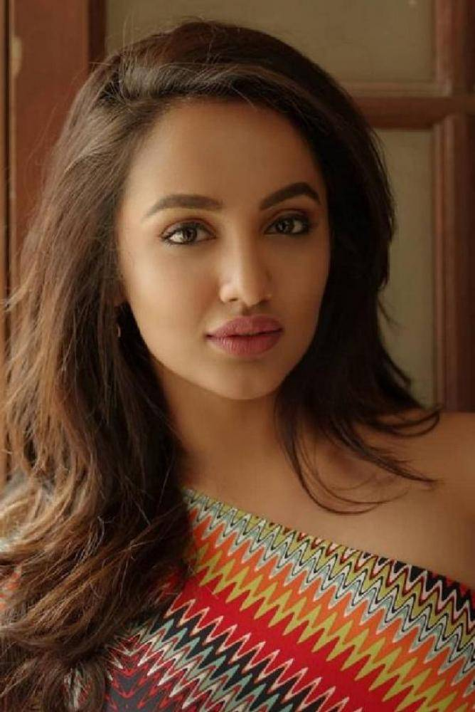 Tejaswi - Photos Stills Images