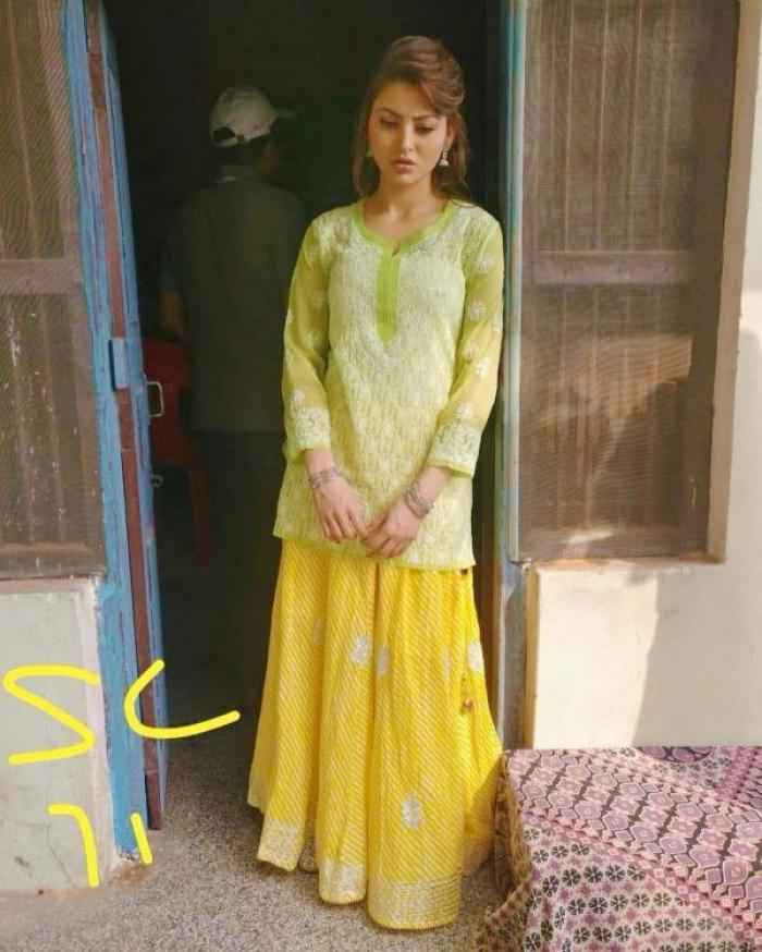 Urvashi Rautela actress images
