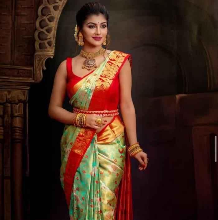 Yashika Aannand actress images