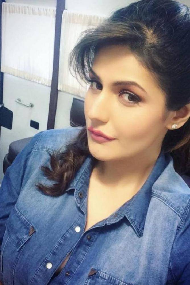 Zareen Khan - Photos Stills Images