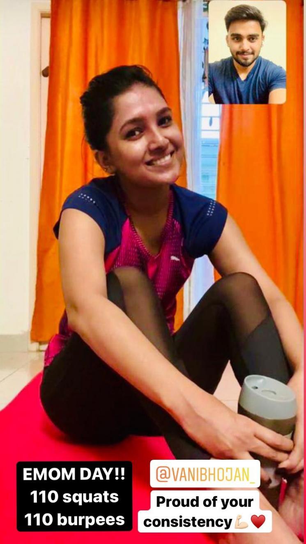 vani bhojan does workout through video call