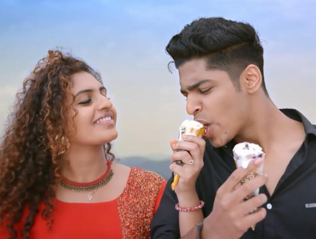 Aarum Kaanaathinnen Video song from Oru Adaar Love Roshan Abdul Noorin Sheriff Priya Prakash Varrier - Tamil Movie Cinema News