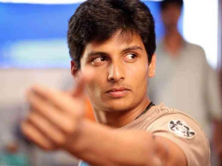"""""""வருமுன் காப்பதே சிறந்தது"""" தடுப்பூசி எடுத்துக் கொண்டார் -நடிகர் ஜீவா - Latest Tamil Cinema News"""