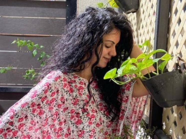 நீச்சல் உடையில் ரசிகர்களை மயக்கும் ஜெயம்ரவி பட நாயகி!!! - Latest Tamil Cinema News