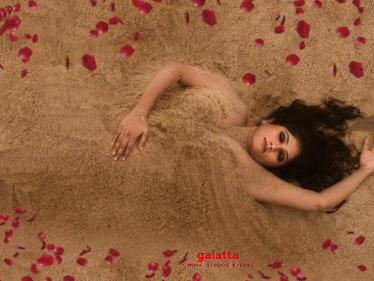 Bigg Boss Julie's beach photoshoot pic for new movie goes viral!