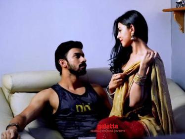 Irandam Kuththu - Veeradhi Veera Song Official Lyric Video | Dharan Kumar | Santhosh P. Jayakumar