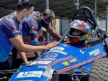 nivetha pethuraj trains for car racing shares video from race track
