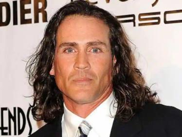 Tarzan actor Joe Lara, wife among 7 dead in a plane crash in Tennessee - condolences pour in! - Tamil Cinema News