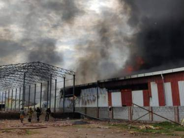 huge fire accident private film set making company in chennai maduravoyal