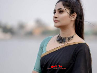 Man criticises Losliya for posting photos during Covid 19 times - know what was her reply? Check Out - Tamil Cinema News