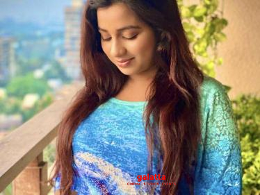 WOW: Singer Shreya Ghoshal announces her pregnancy - wishes pour in!