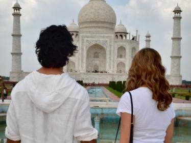 vidyut jammwal officially announced his engagement with nandita mahtani