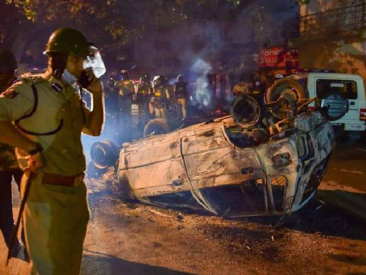 3 lives lost in Police-protestors clash as violence erupts in Bengaluru!
