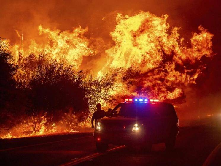 Wildfires raging across California amidst intense heatwave!