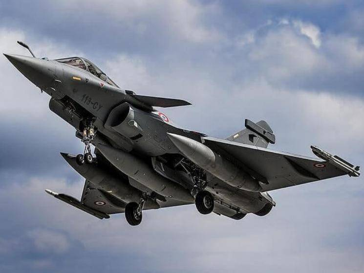 Rafale Jets second batch handed over to India, to reach in October!