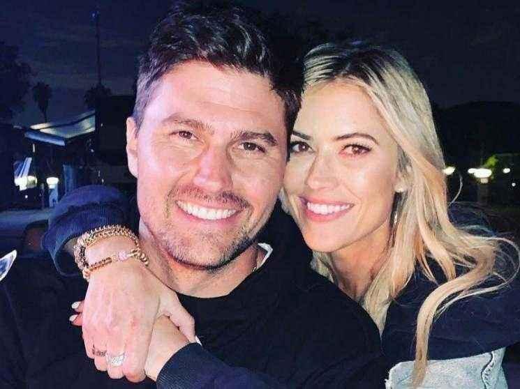 Flip or Flop series host Christina Haack confirms engagement to Joshua Hall - VIRAL PHOTOS!