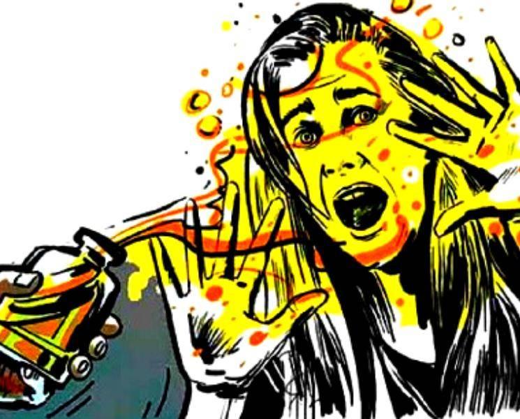 கொடூரம்.. மனைவியை ஆசிட் குடிக்கவைத்து இரக்கமின்றி கொடுமைப்படுத்திய போலீஸ்..!