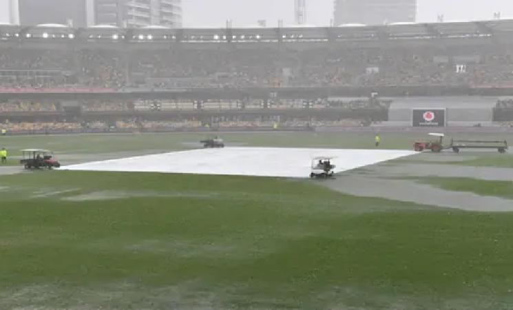 Rain saves India on Day 2 of final Test against Australia!