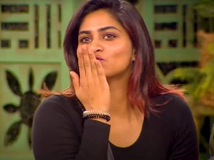 Shivani's flying kiss to this contestant - Latest fun filled promo video from Bigg Boss 4